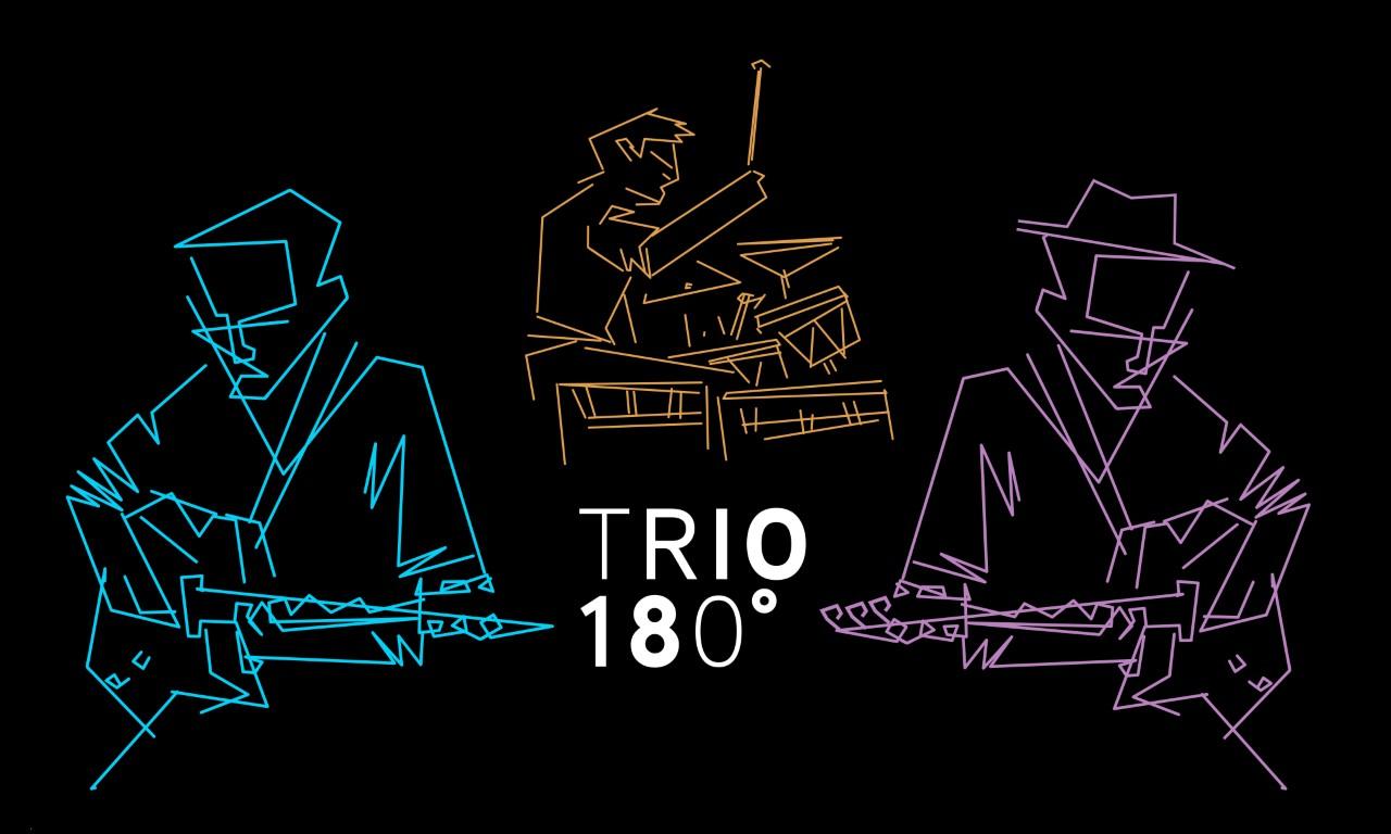 Trio 180°